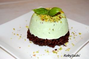 Semifreddo pistacchio e basilico. Rivisitazione e foto di Roberta Castrichella.