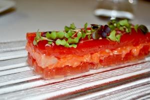 crudo di salmone selvaggio al ginger con anguria compressa. Chef Marco Stabile.