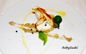 Pescatrice aromatizzata alla liquirizia e limone con crema di melanzane e sfoglie di patate dolci. Ricetta e foto di Roberta Castrichella.