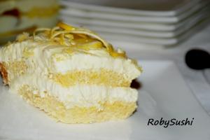 Tiramisù di pandoro al limone. Ricetta e foto di Roberta Castrichella.